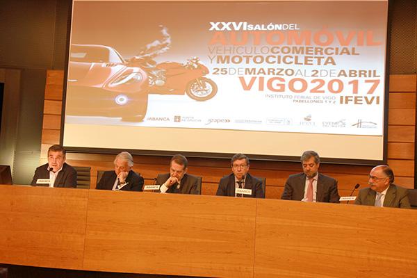 XXVI Salón del Automóvil Vehículo comercial y Motocicleta